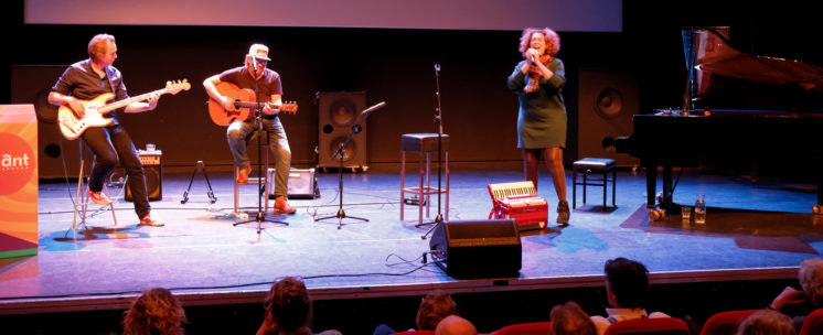 Caroline in 't Veld met Johan Fransen & Joost van den Akker